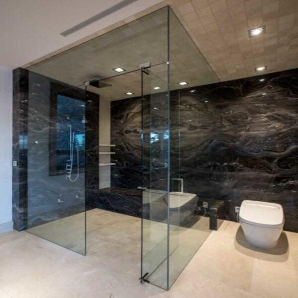 Phòng tắm kính cửa lùa sang trọng