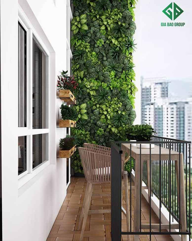 Ban công diện tích nhỏ với bài trí đơn giản trong mẫu thiết kế nội thất căn hộ chung cư Duplex