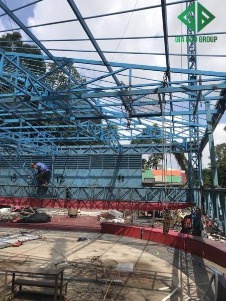 Sửa chửa và lắp ráp rạp xiếc mới công viên Gia Định