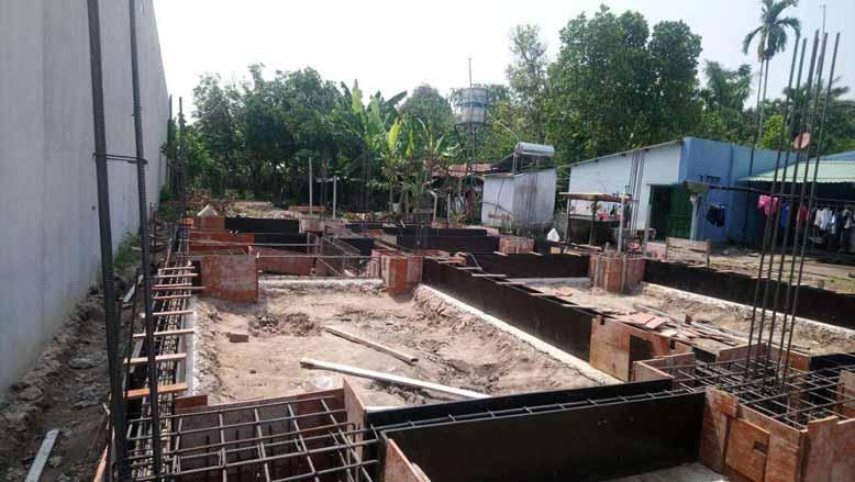 Phần nền của biệt thự nhà vườn 2 tầng mái thái