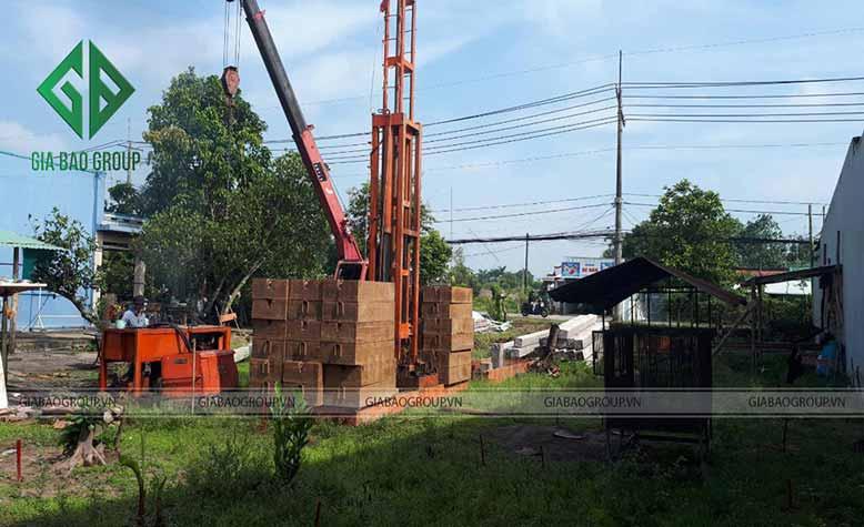 Công trình đang thi công biệt thự nhà vườn 2 tầng mái thái