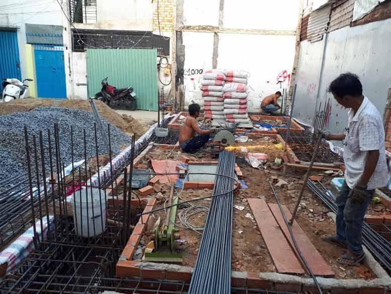 hình ảnh thực tế tiến hành xây dựng khung nhà-3