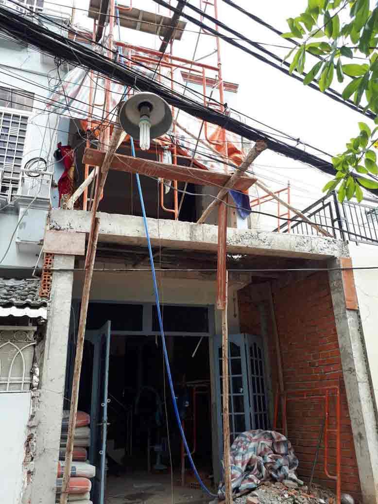 Hình ảnh thi công thực tế cải tạo nhà phố cũ