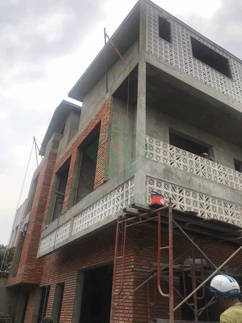 Công trình đang dần hoàn thành các tiến độ để sớm bàn giao nhà phố 3 tầng đẹp cho gia chủ