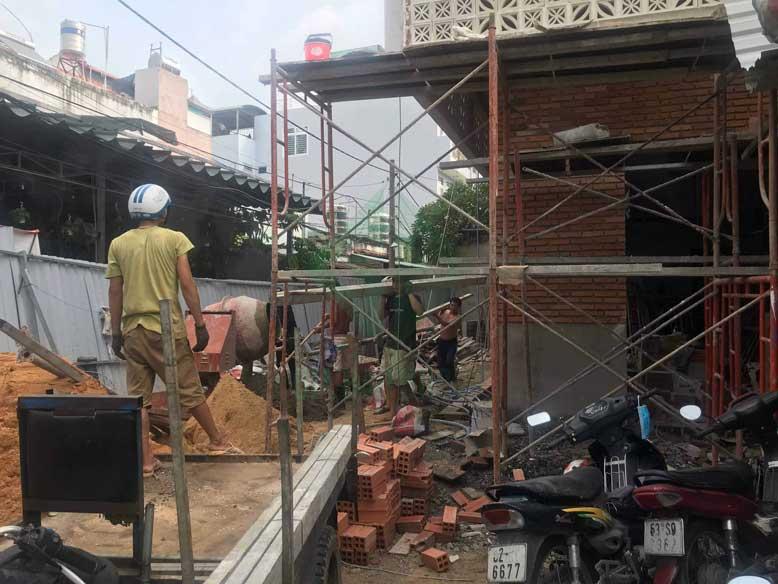 Quá trình thi công giai đoạn đầu của nhà phố 3 tầng