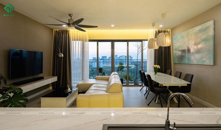 Thiết kế thi công nội thất căn hộ cao cấp với phòng khách thoáng đãng, tận dụng ánh sáng tự nhiên