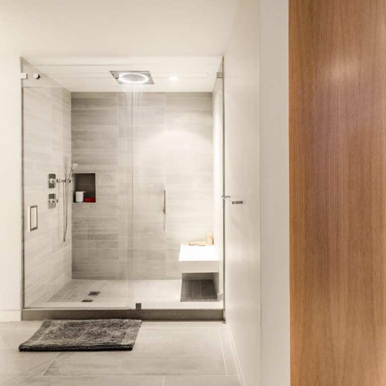 Phòng tắm đứng hiện đại