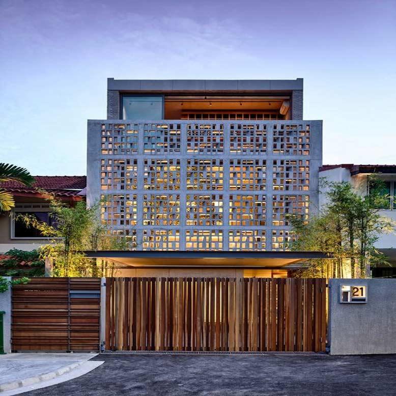 Một thiết kế nhà phố mặt tiền 6m ấn tượng với bức tường gạch bông gió ở mặt tiền