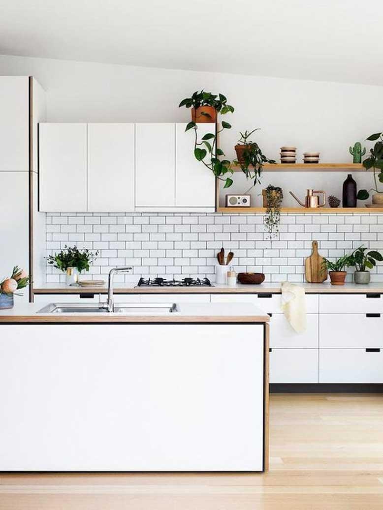 Mẫu nhà bếp nhỏ đẹp 6_ cách chọn tủ bếp hợp lý