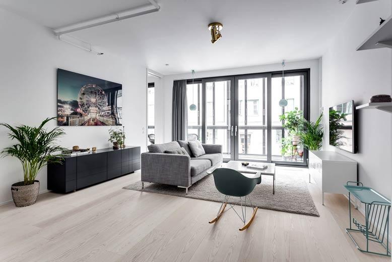 Thiết kế nội thất căn hộ với phòng ngủ thể hiện sự mạnh mẽ và thanh lịch