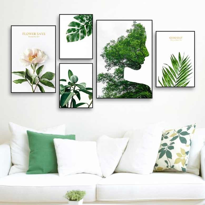 Mẫu tranh treo tường phòng khách với mảng xanh thiên nhiên