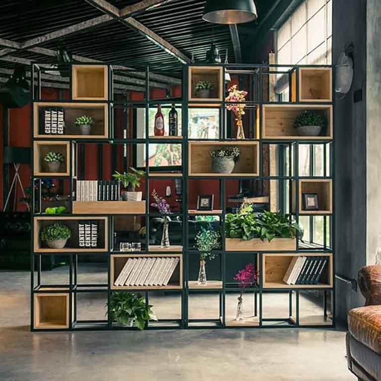 Thiết kế văn phòng với kệ cây xanh đẹp mắt
