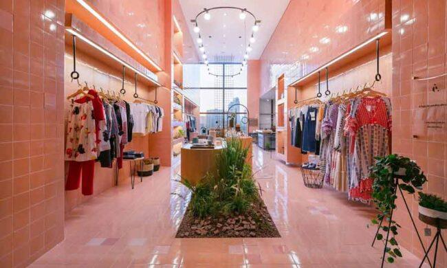 Cải tạo shop thời trang phong cách hiện đại, tối giản